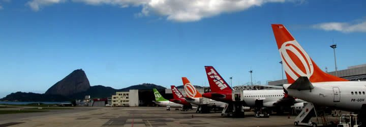 Aviões em Aeroporto