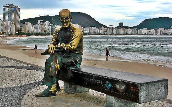 Estátuas de Carlos Drummond de Andrade