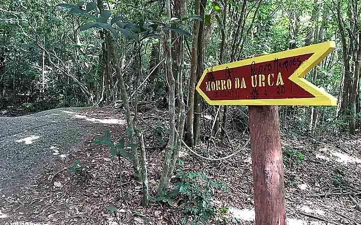 Inicio da trilha do Morro do Urca
