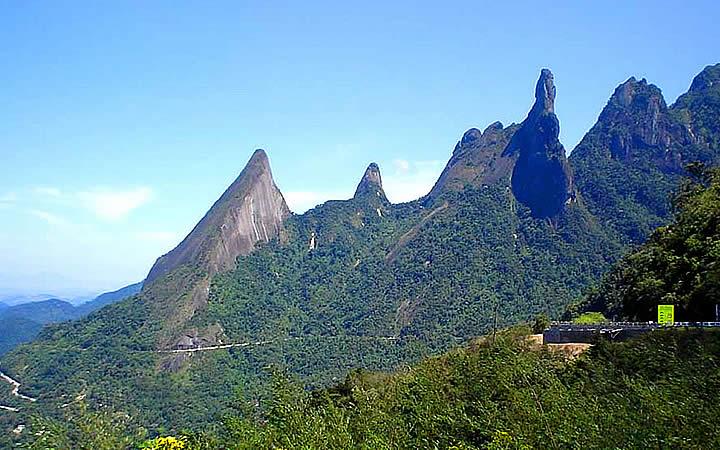 Picos no Parque Nacional da Serra dos Órgãos