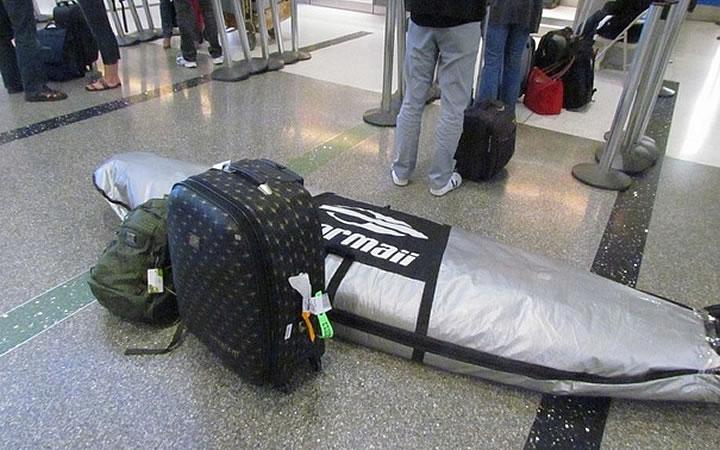 Prancha embalada para viagem