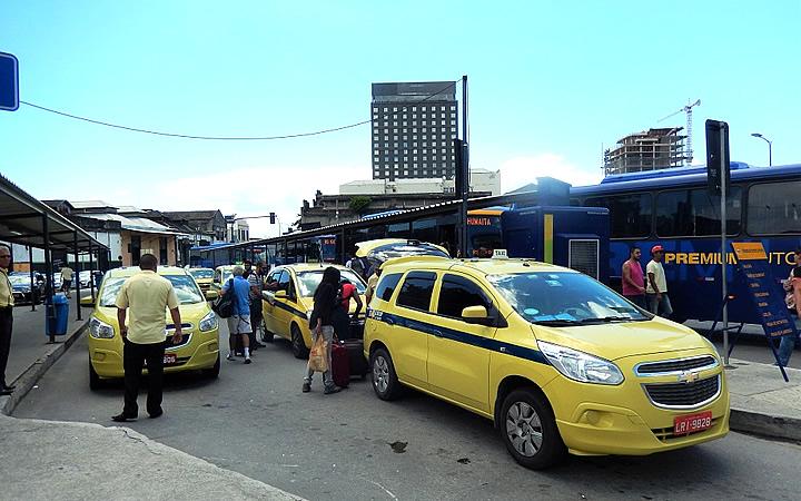 Táxis na rodoviária Novo Rio