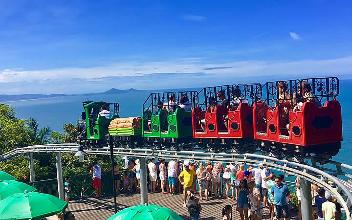 Trenzinho no Parque Unipraias em Balneário Camboriú