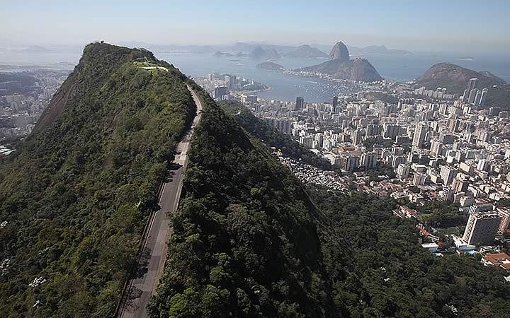 Trilha da Favela Santa Marta