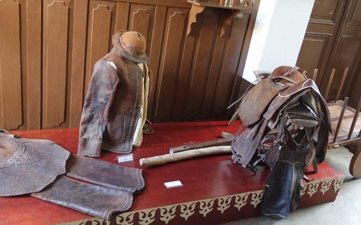 Museu do Sertão - Roupas antigas
