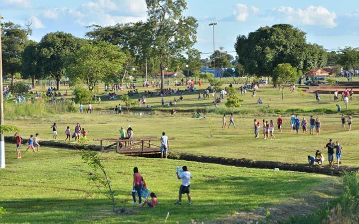 Parque Antenor Martins em Dourados