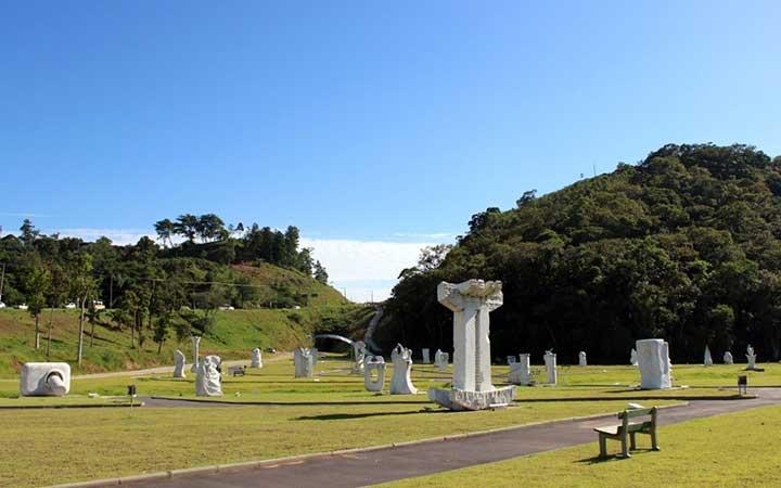 Parque das esculturas em Brusque