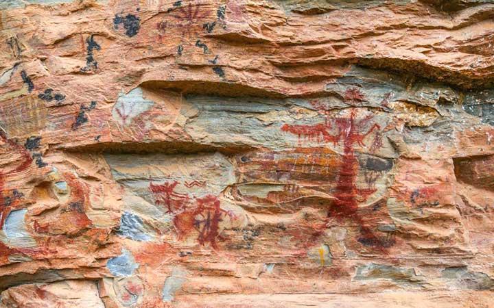 Pinturas Rupestres do Parque Estadual do Sumidouro