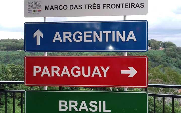 Placa do Marco das três fronteiras