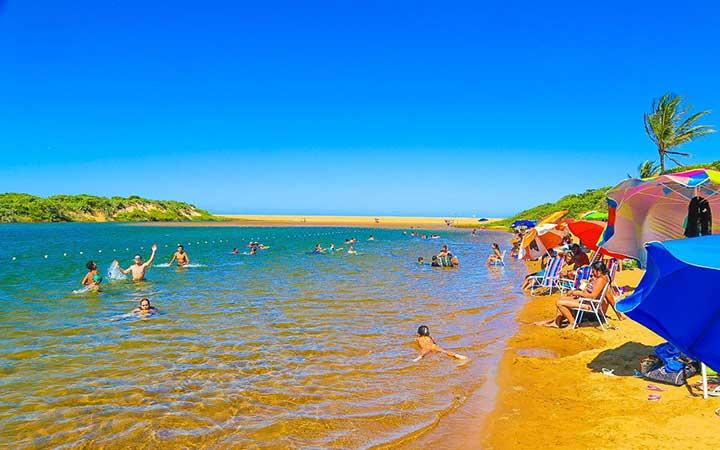 Praia em Linhares