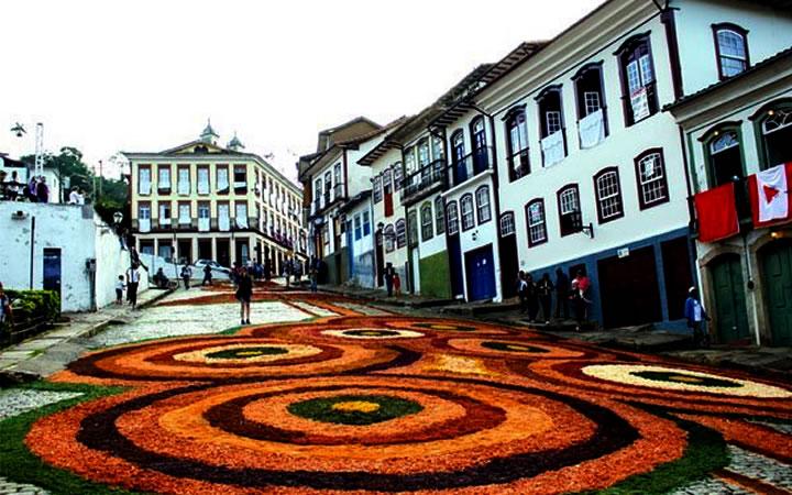 Tapete Páscoa Ouro Preto