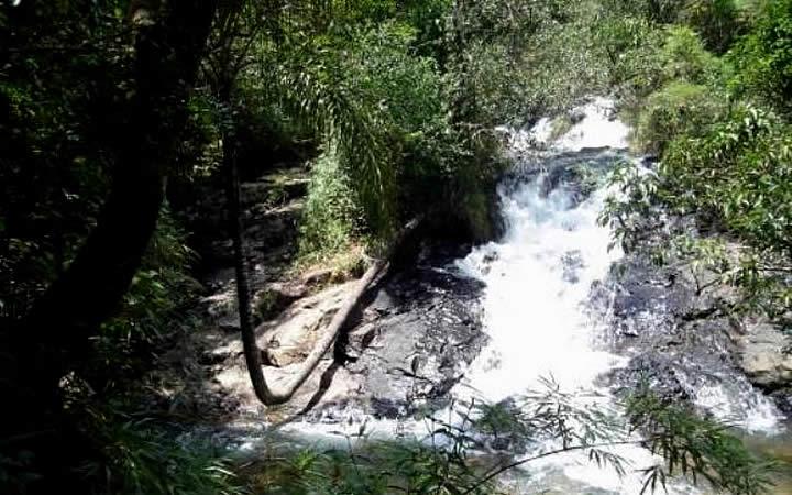 Cachoeira do Coqueiro Torto