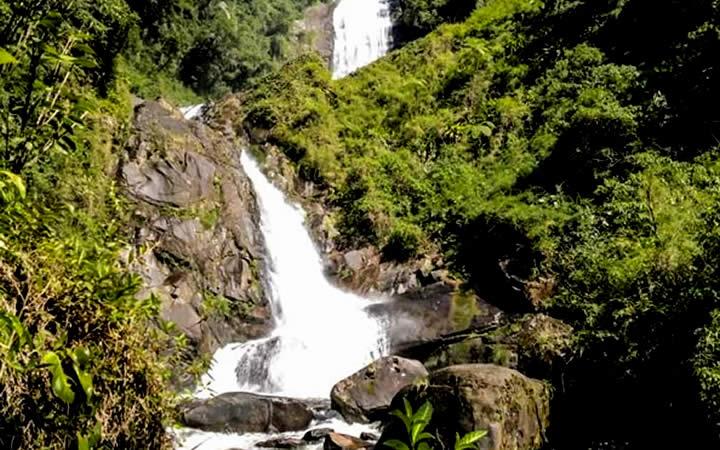 Trilha do Ouro cachoeira