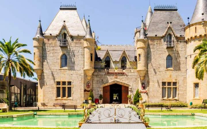 Castelo de Itaipava Petrópolis - Castelos no Brasil