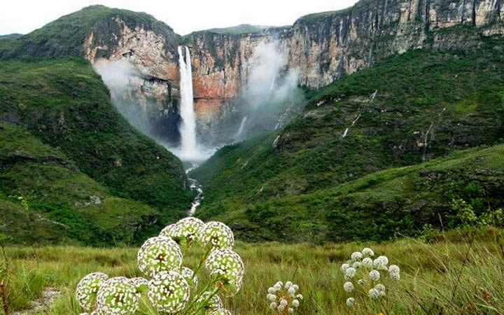 Cachoeira do Tabuleiro MG