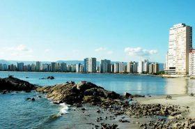 Praia em São Vicente SP