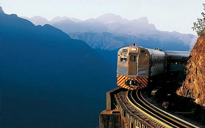 Trem em Abismo