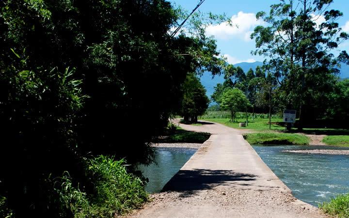 Ponte do Rio Três Forquilhas